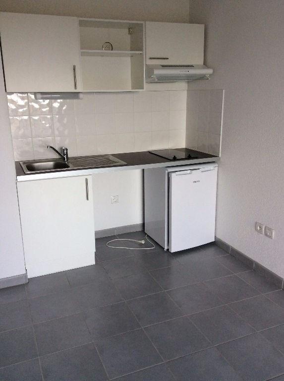 Rental apartment Leguevin 564€ CC - Picture 6
