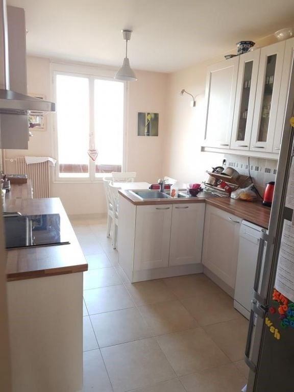 Sale apartment Louveciennes 680000€ - Picture 3