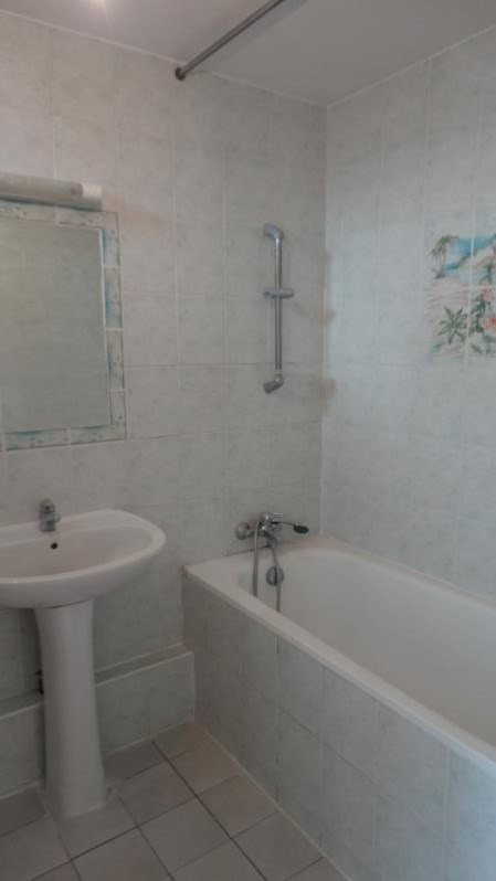 Location appartement Rueil malmaison 1045€ CC - Photo 7