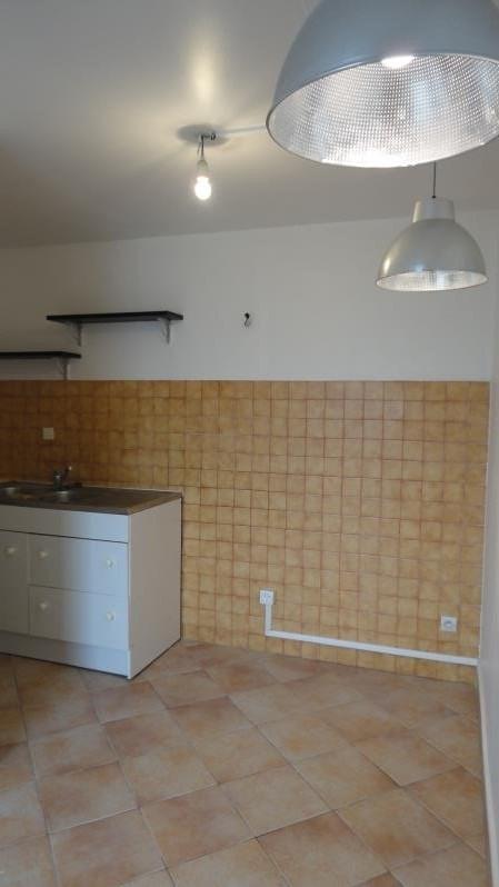 Location appartement Rueil malmaison 1045€ CC - Photo 3
