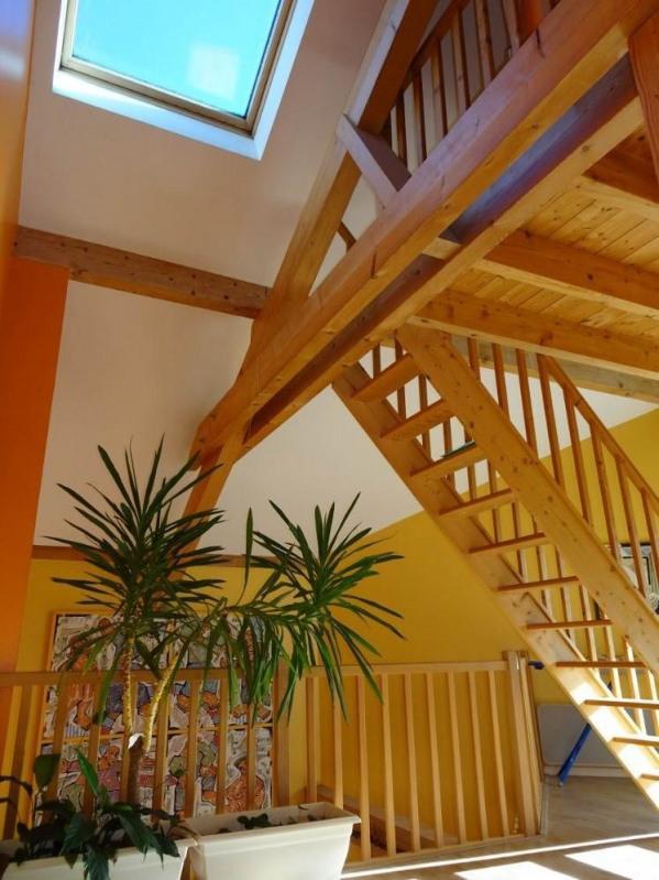 Deluxe sale house / villa Amancy 585000€ - Picture 8