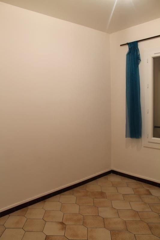 Location appartement St macaire 370€ CC - Photo 3