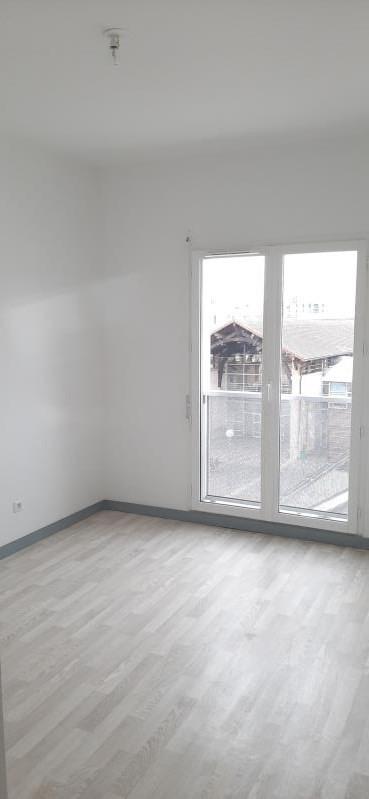 Alquiler  apartamento St denis 1160€ CC - Fotografía 4