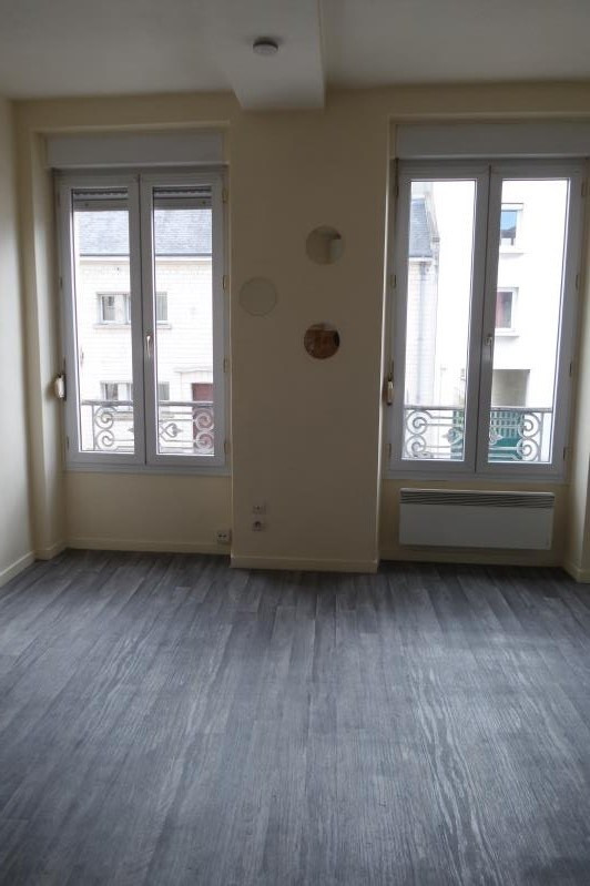 Verhuren  appartement Caen 445€ CC - Foto 5