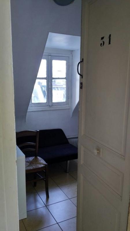 Location appartement Paris 17ème 650€ CC - Photo 3