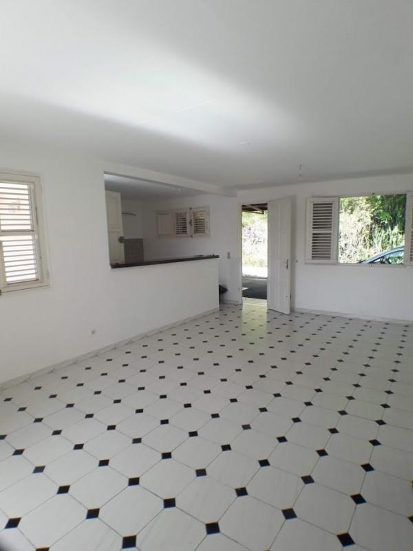 Sale house / villa Ste anne 246100€ - Picture 2