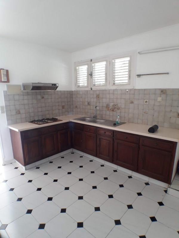Sale house / villa Ste anne 246100€ - Picture 3