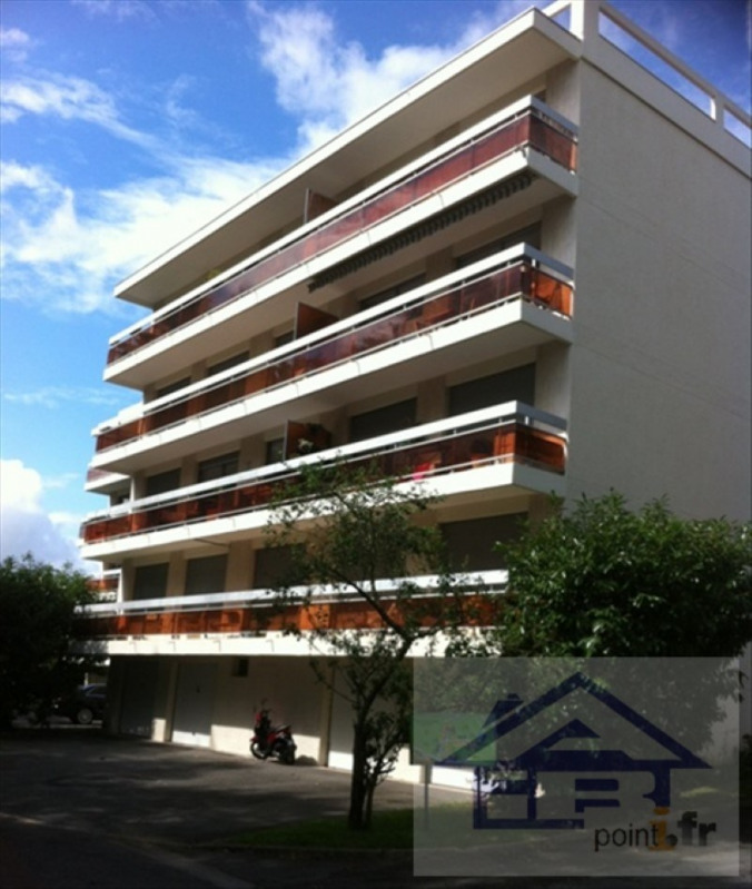 Rental apartment Mareil marly 2500€ CC - Picture 2
