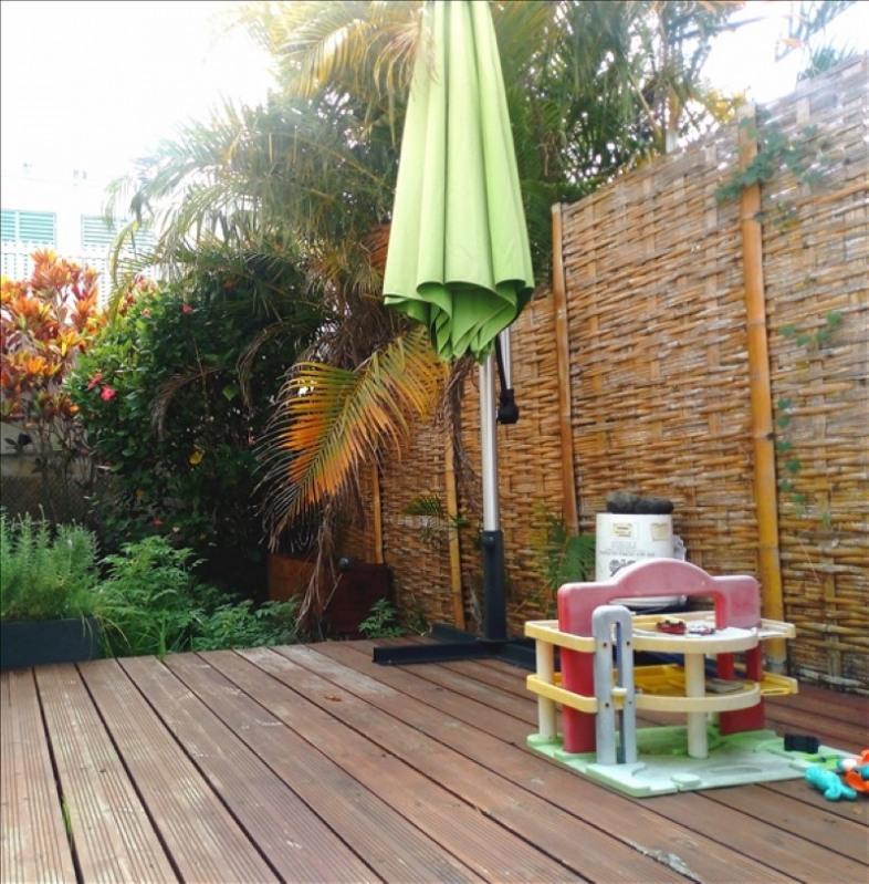 Sale house / villa Les avirons 270000€ - Picture 10