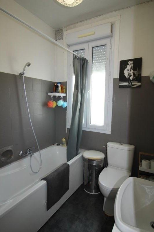 Location maison / villa Rueil malmaison 1085€ CC - Photo 8