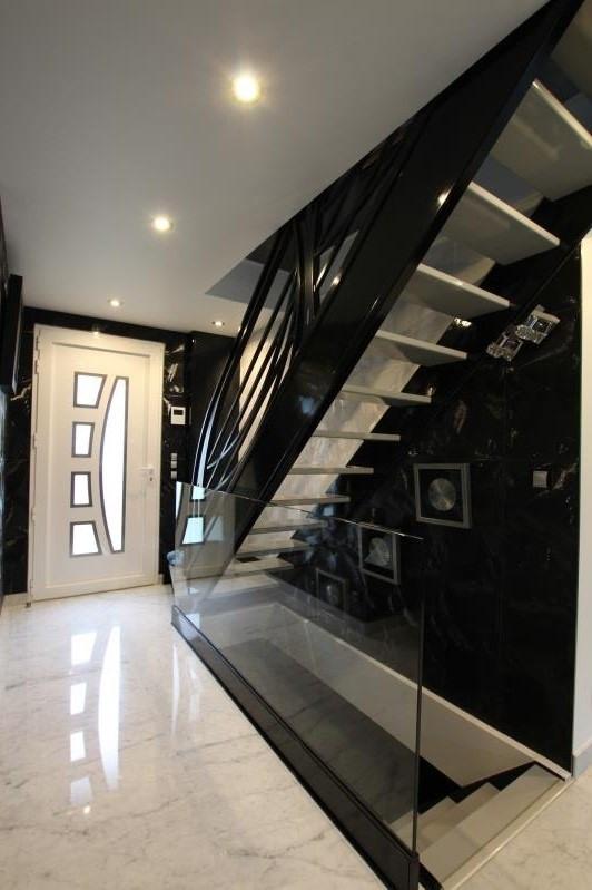 Vente maison / villa La queue en brie 519600€ - Photo 10