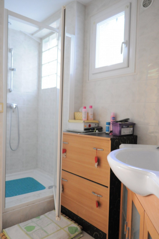 Vente maison / villa Le raincy 360 000€ - Photo 9