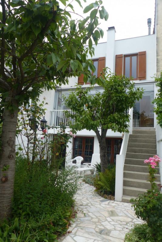 Sale house / villa Villemomble 469000€ - Picture 1