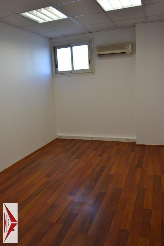 Rental office Montpellier 300€ HT/HC - Picture 1