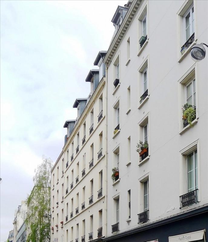 Sale apartment Paris 11ème 245000€ - Picture 1