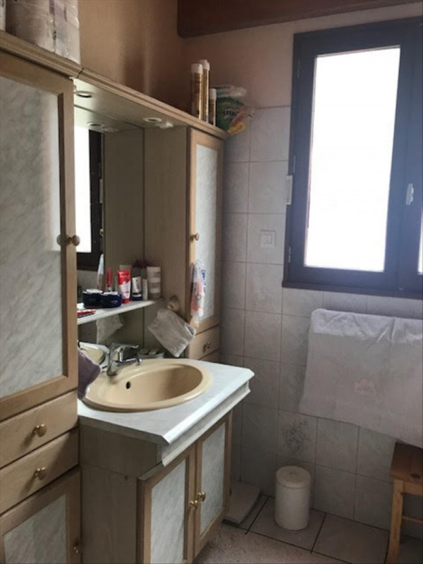 Sale house / villa La tranche sur mer 284100€ - Picture 11