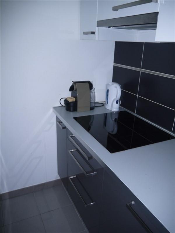 Rental apartment Chanteloup les vignes 793€ CC - Picture 5