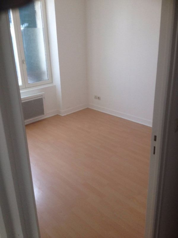 Rental apartment Chatillon 740€ CC - Picture 3