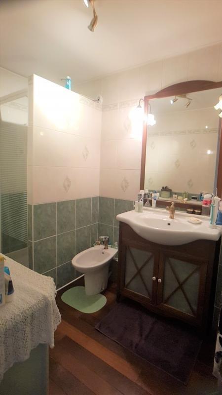Vente maison / villa La queue en brie 320000€ - Photo 8