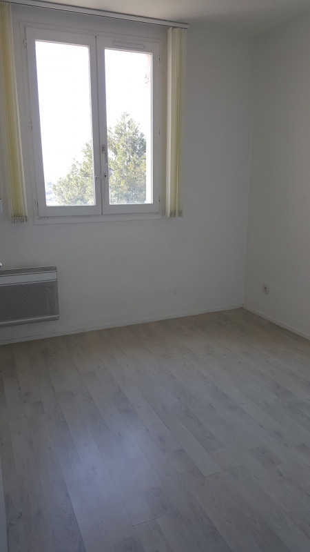 Rental apartment Fréjus 555€ CC - Picture 7