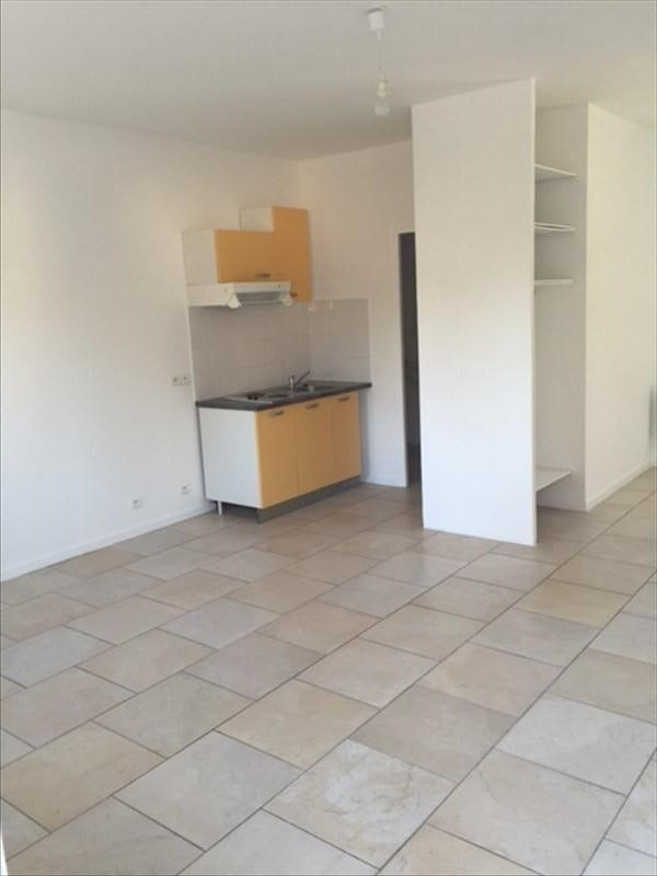 Location appartement Peymeinade 580€ CC - Photo 1