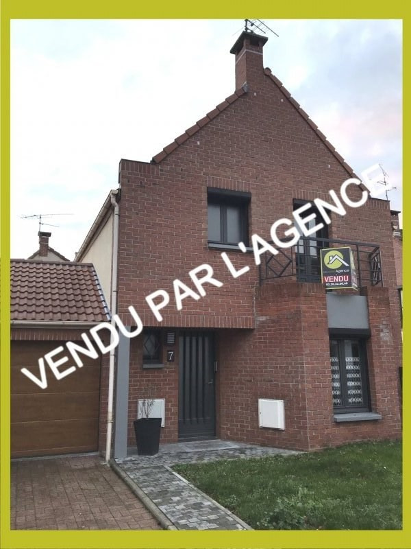 Vente maison / villa Carvin 181900€ - Photo 1