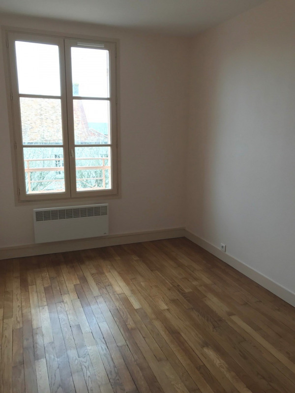 Location appartement Ablis 690€ CC - Photo 3