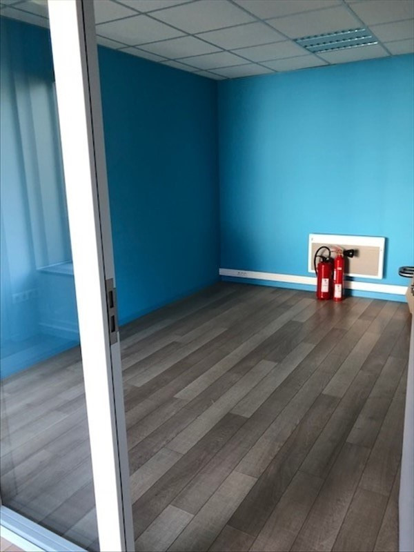 Location local commercial Strasbourg 2 000€ HT/HC - Photo 8