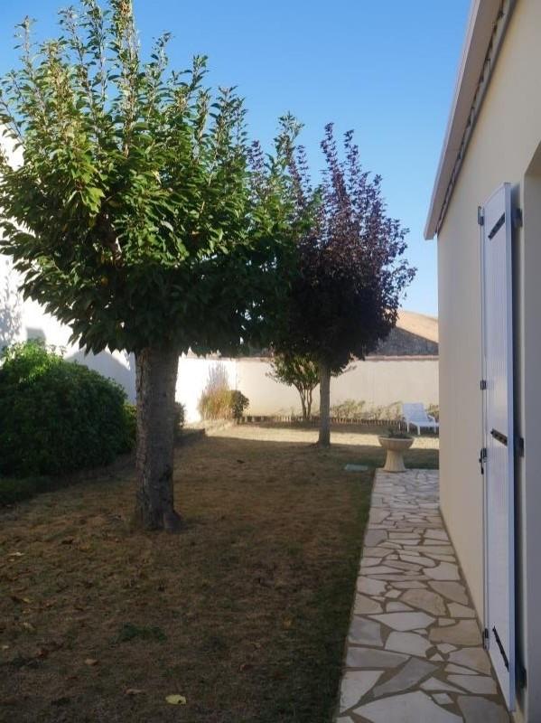 Sale house / villa Jard sur mer 353600€ - Picture 7