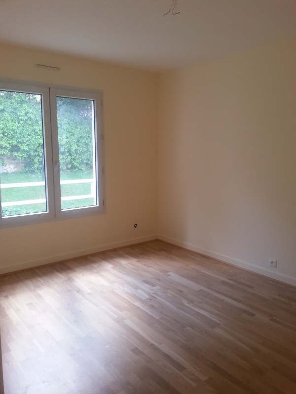 Rental apartment Chennevieres sur marne 1 099€ CC - Picture 6