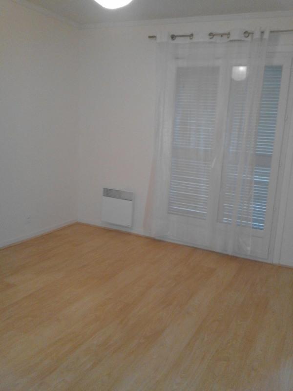 Rental house / villa Barbezieux-saint-hilaire 626€ CC - Picture 9