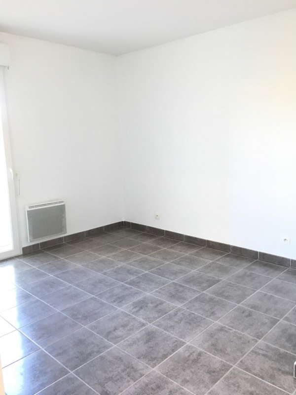 Rental apartment Fréjus 715€ CC - Picture 5