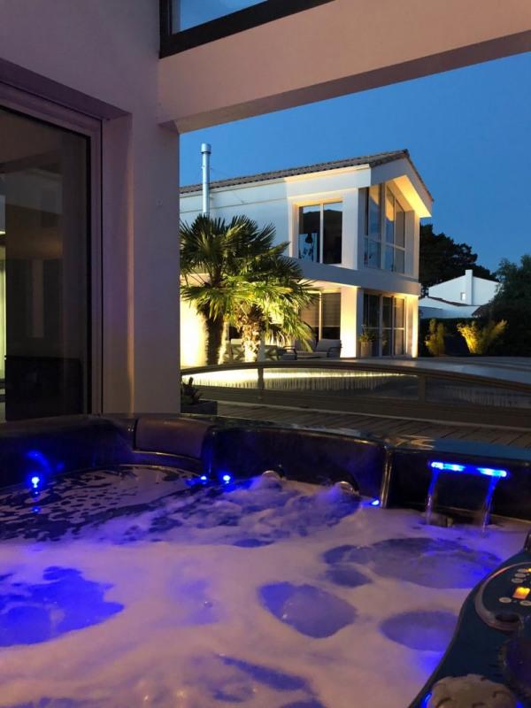 Deluxe sale house / villa Talmont st hilaire 675000€ - Picture 10