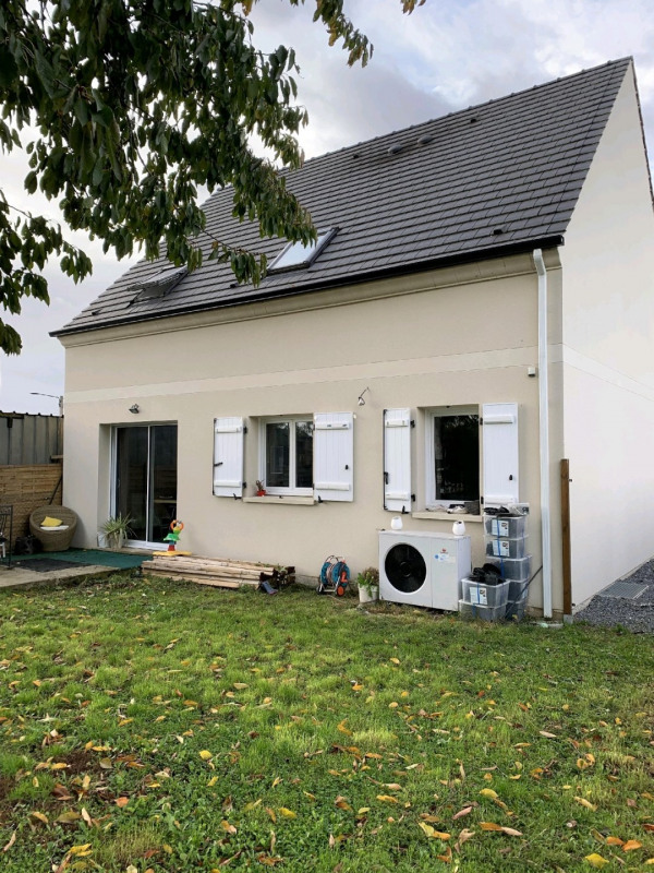 Sale house / villa Chambly 339000€ - Picture 1