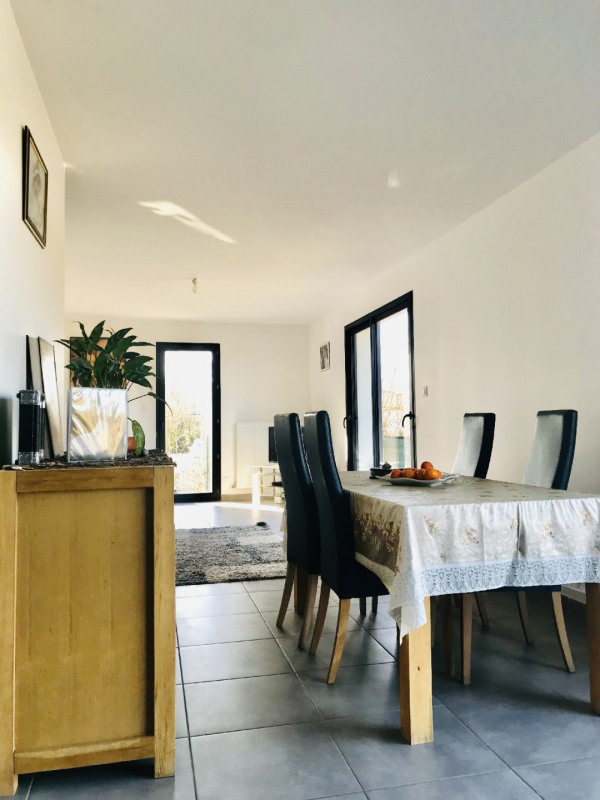 Sale house / villa Pechbonnieu 369000€ - Picture 4