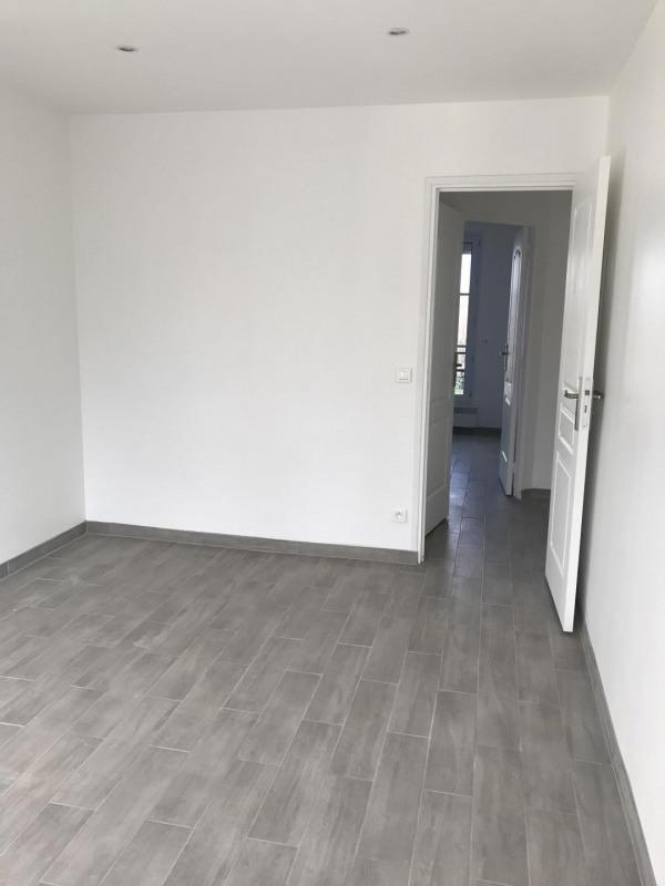 Rental apartment Le raincy 1050€ CC - Picture 9