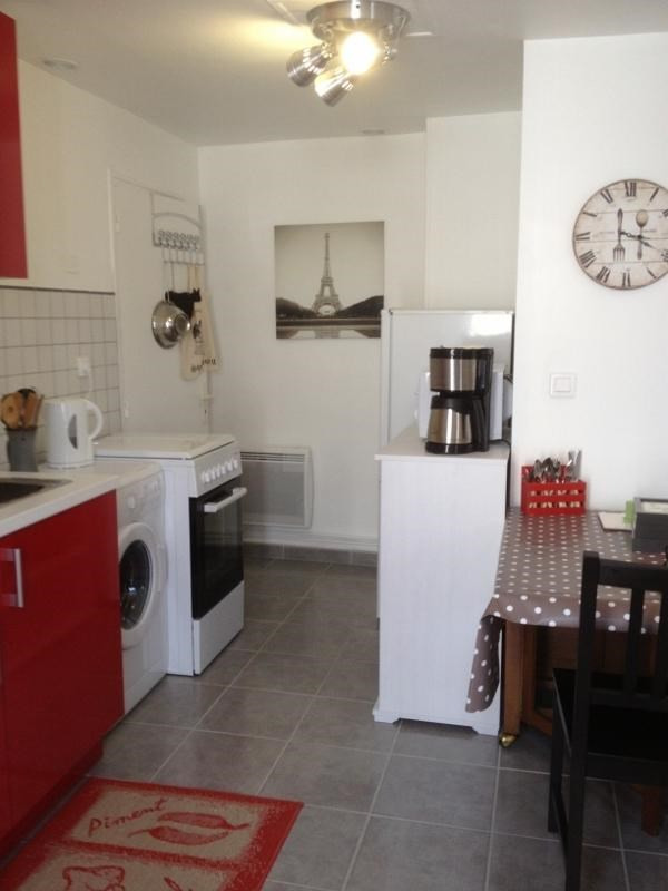 Rental apartment Fontainebleau 842€ CC - Picture 2