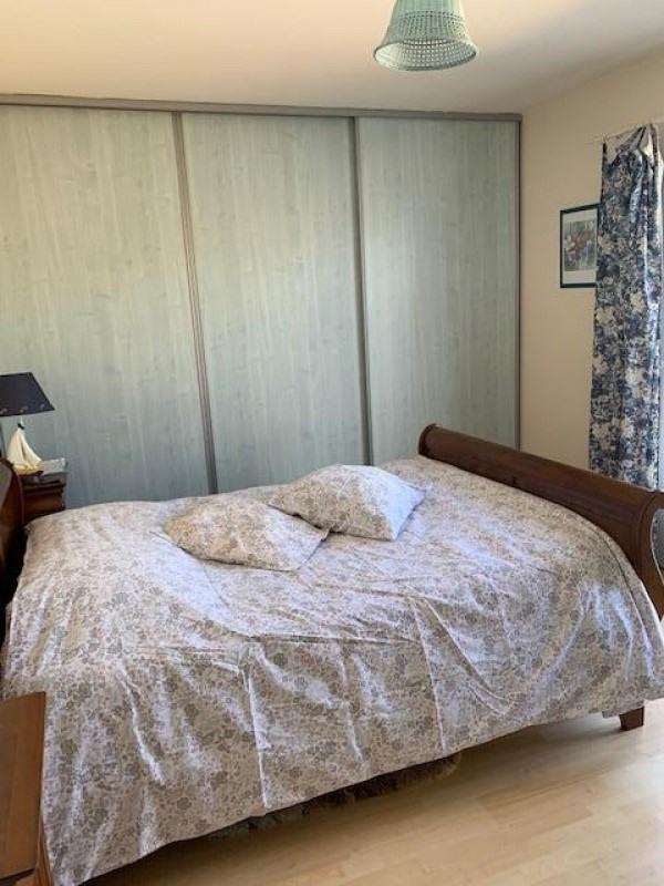Sale house / villa St vincent sur jard 309000€ - Picture 5