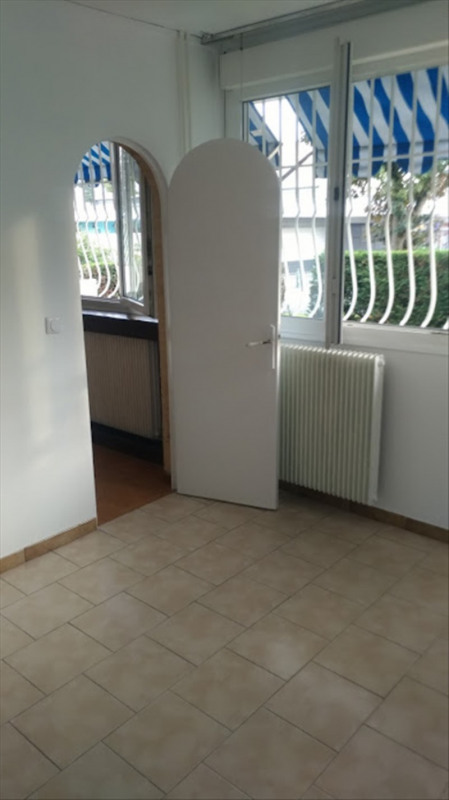 Location appartement Neuilly sur marne 780€ CC - Photo 5