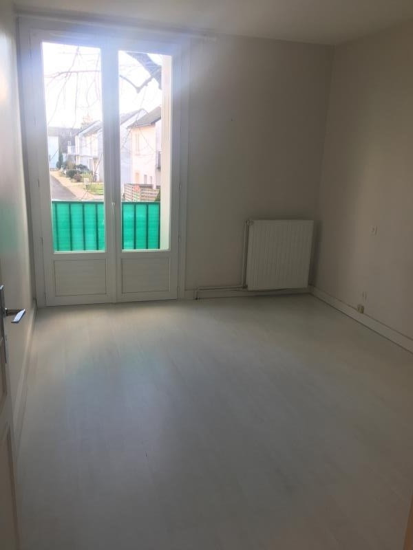 Location appartement Poitiers 691€ CC - Photo 4