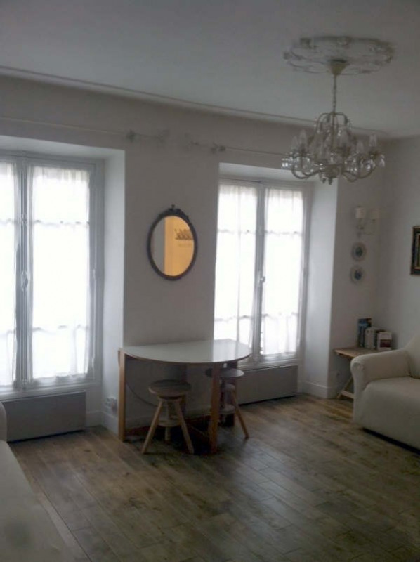 Rental apartment Paris 7ème 1 150€ CC - Picture 5