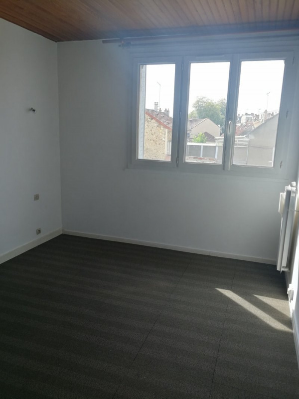 Location appartement Trappes 795€ CC - Photo 7