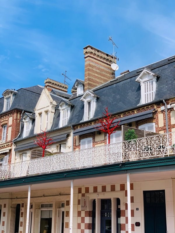 Sale apartment Deauville 190 000€ - Picture 1