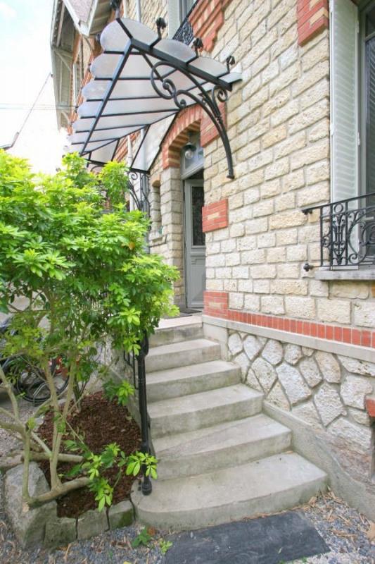 Sale house / villa Fontainebleau 930000€ - Picture 2