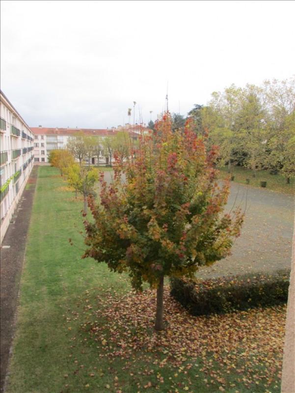 Sale apartment Roanne 59500€ - Picture 4