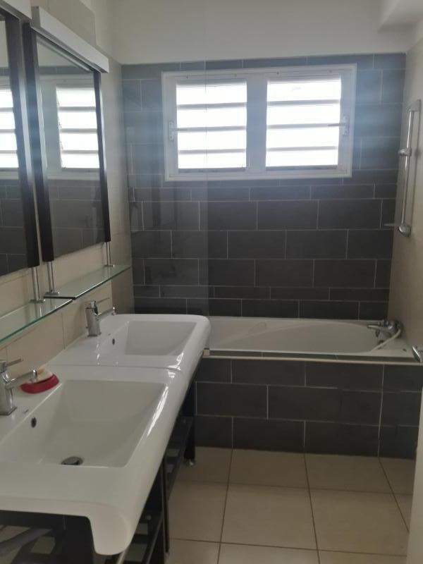 Vente appartement St paul 265951€ - Photo 5