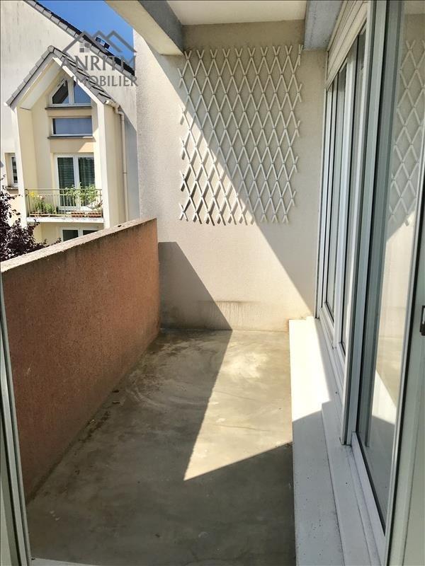 Sale apartment Plaisir 129990€ - Picture 2