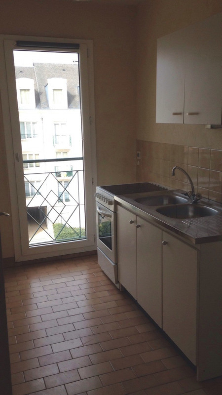 Location appartement Rambouillet 790€ CC - Photo 3