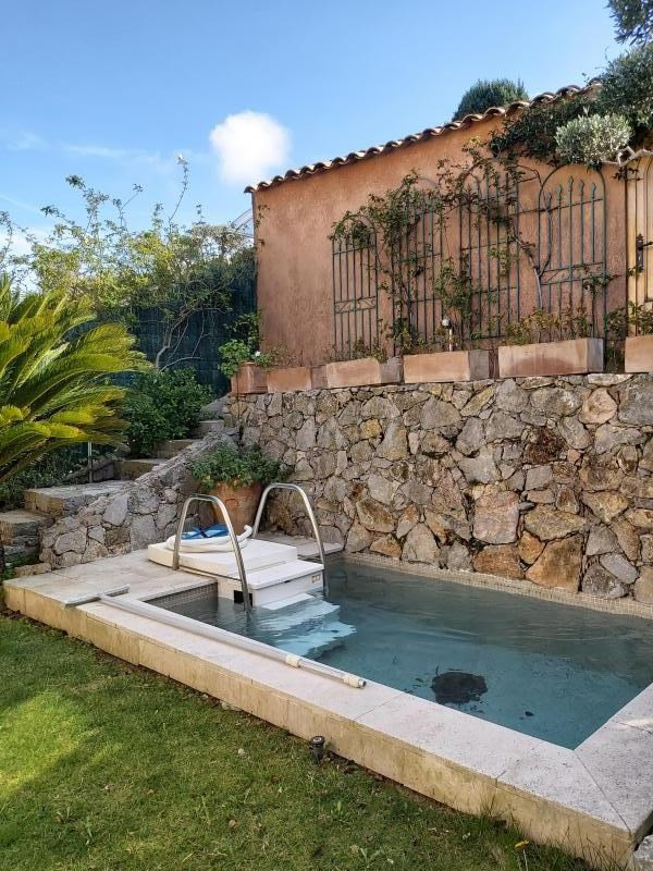 Sale house / villa Ste maxime 440 750€ - Picture 1