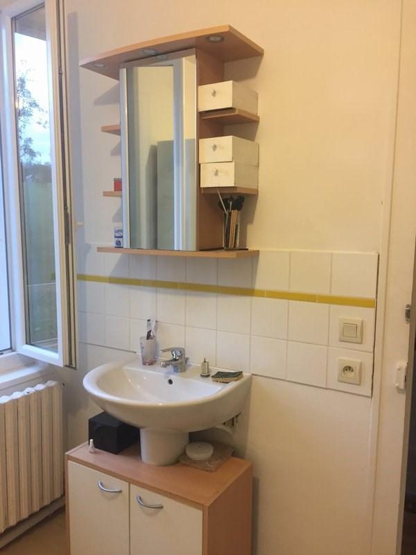 Location maison / villa Pont hebert 570€ CC - Photo 8